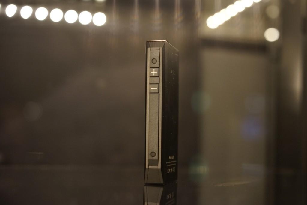Le iBasso DX80 est anguleux et on vous conseillera de mettre la housse silicone !